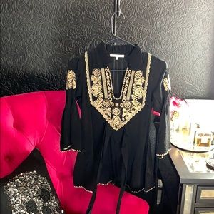 Charlotte Ruse embroidery blouse